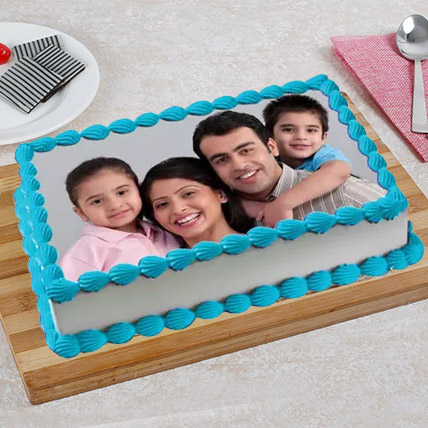 Tempting Photo Cake Eggless 1 Kg Black Forest Cake