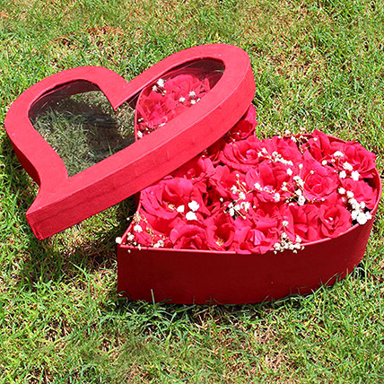 Red Heart Box Of Red Roses