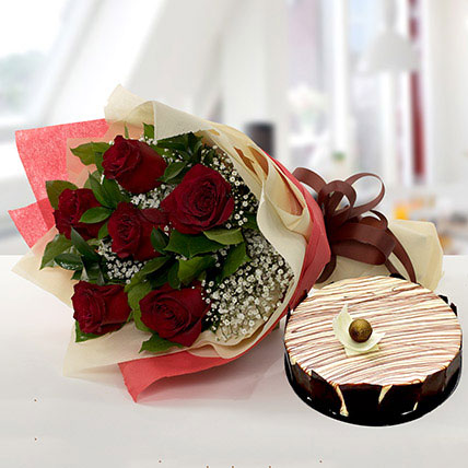 Enchanting Rose Bouquet With Marble Cake QT