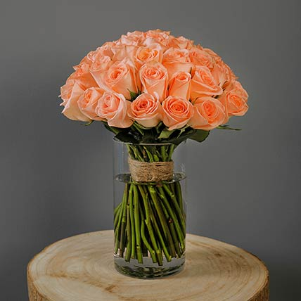 Peach Roses Bunch In Vase