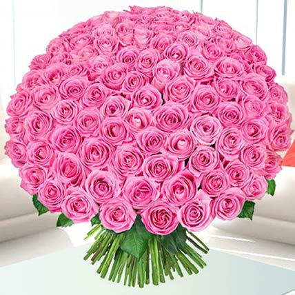 100 Delicate Pink Roses Bunch