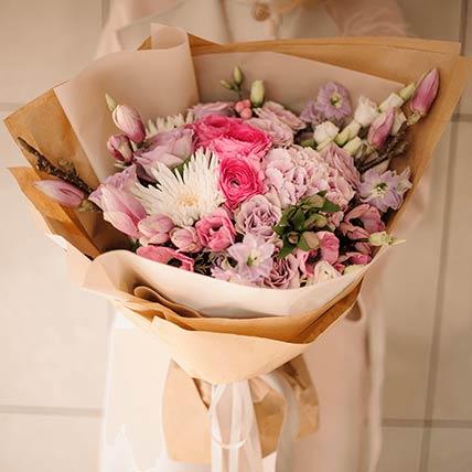 Mesmerizing Flower Bouquet- Standard