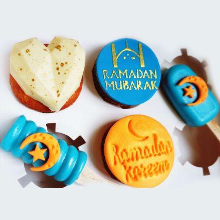 Ramadan Mubarak Orange Cupcakes and Cakesicles