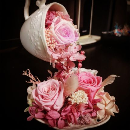Pink Flower Pouring Tea Cup