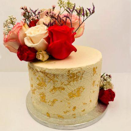 Beautiful Stencile Vanilla Cake
