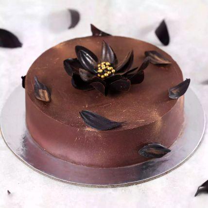 Eggless Classic Chocolate Cake