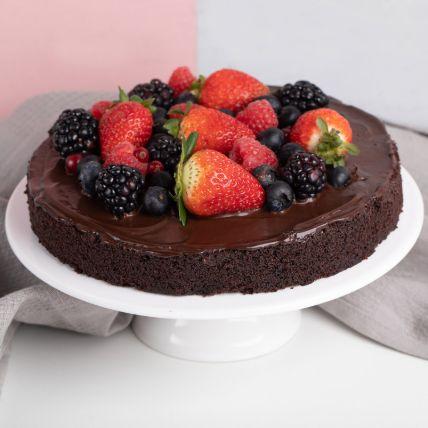 Vegan Berry Chocolate Cake