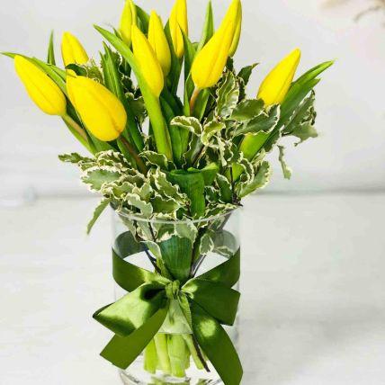 10 Beautifull Tulips Arrangements