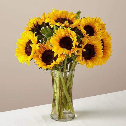 Gracious Sunflowers Glass Vase Arrangement