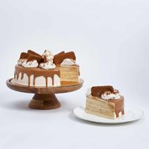 Heavenly Lotus Biscoff Cake- 1.5 Kg