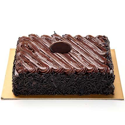 Chocolate Fudge Cake Half Kg