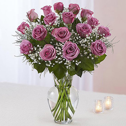 20 Light Purple Roses In A Vase