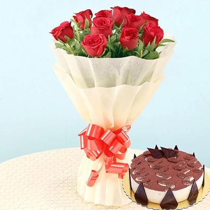 Romantic Roses & Tiramisu Cake 4 Portions