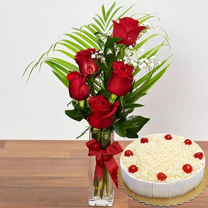 5 Red Roses & White Forest Cake 8 Portions