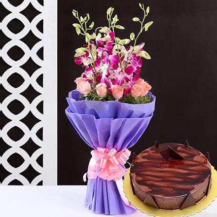 Lovely Flower Bunch & Choco Ganache Cake 4 Portions