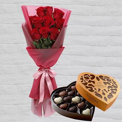 Romantic Red Roses Posy & Godiva Chocolates 500 gms