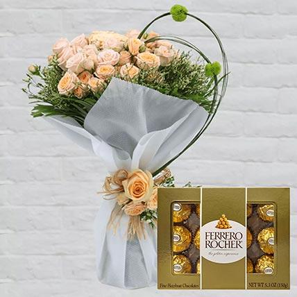 Spray Roses Bouquet & Ferrero Rocher 12 Pcs
