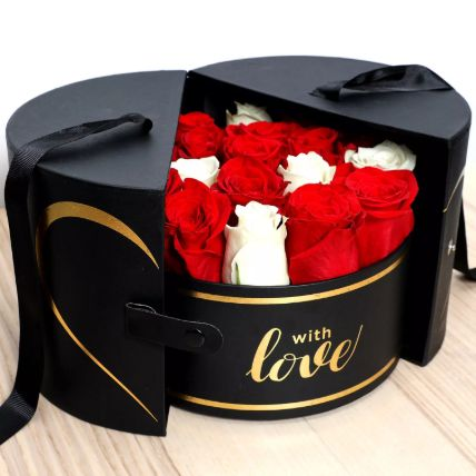 Luxurious Box Of Roses