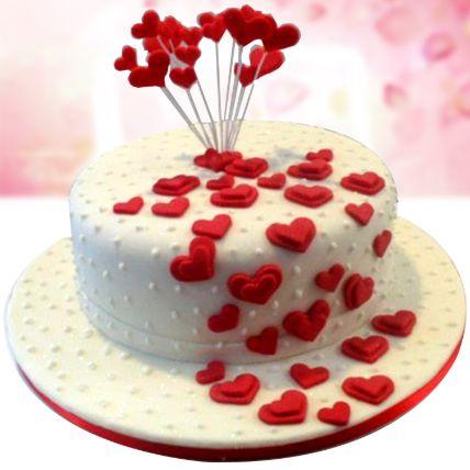 Flowing Hearts Vanilla Fondant Cake Half Kg