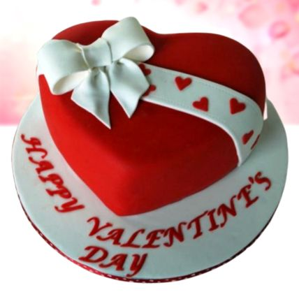 Valentines Bow Vanilla Fondant Cake 1.5 Kg