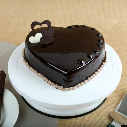 Chocolate Hearts Cake 1.5 Kg