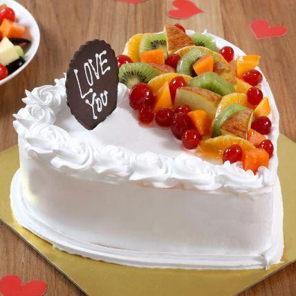 Heart Shaped Vanilla Fruit Cake 1.5 Kg