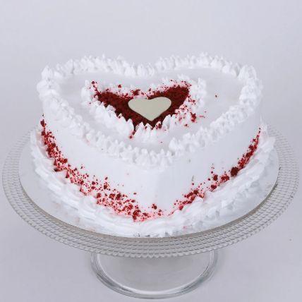 Red Velvet Cream Heart Cake 1.5 Kg