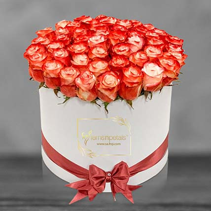 Cabaret Roses In A Box