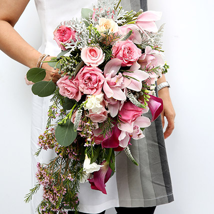 Mixed Roses and Calla Lilies Bouquet SG